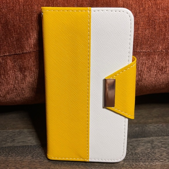 iPhone 6 Yellow Wallet Case